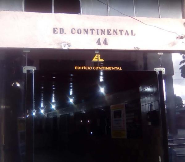 2 Apartamentos Edf Continental no Bairro Santo Antônio