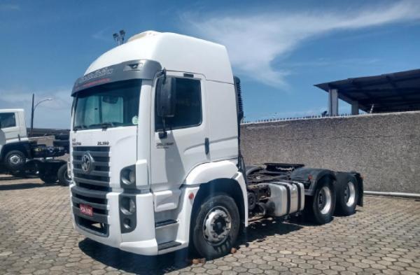 Caminhão Trator VW 25.390 6x2 2013 2014