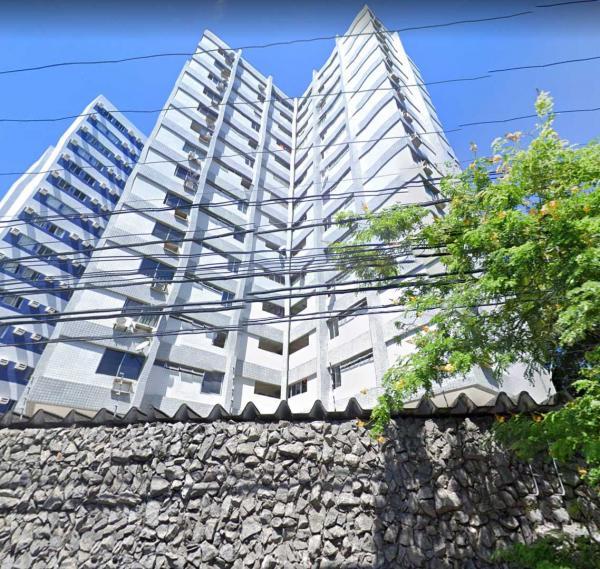 Apartamento na Rosa e Silva 120 m2