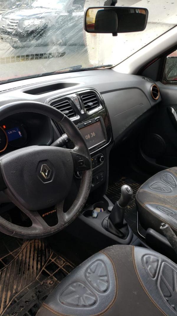 Veículo Renault Sandero Stepway 1.6
