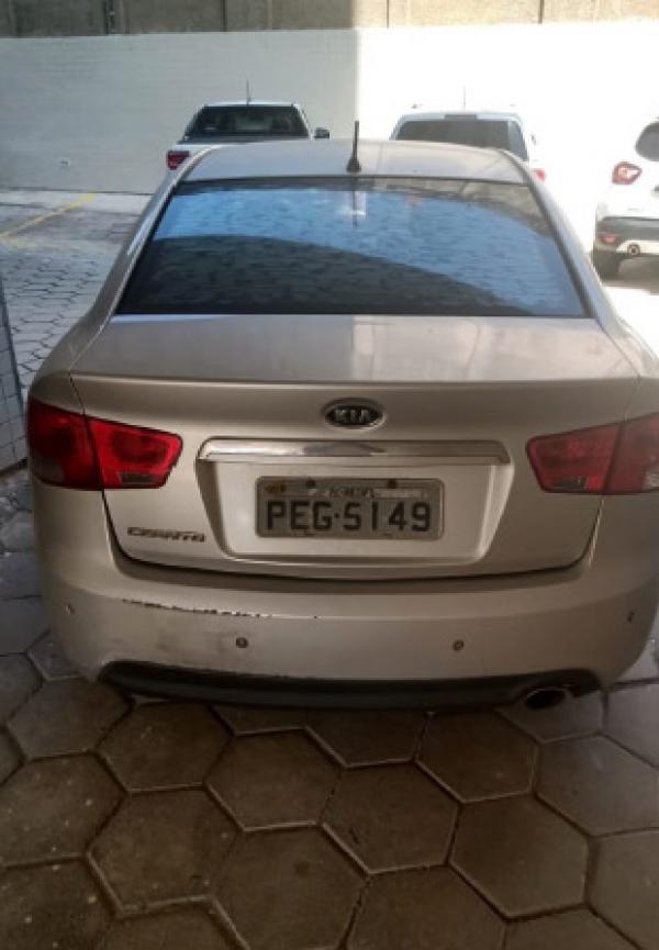 Veículo Kia Cerato 2011/2012