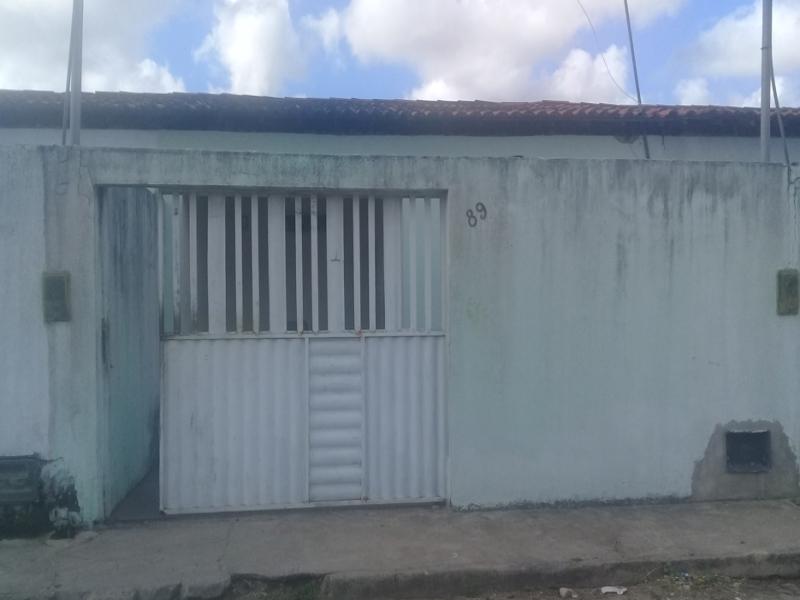 3331 - Casa, Residencial, 2 dormitório(s), 1 vaga(s) de garagem