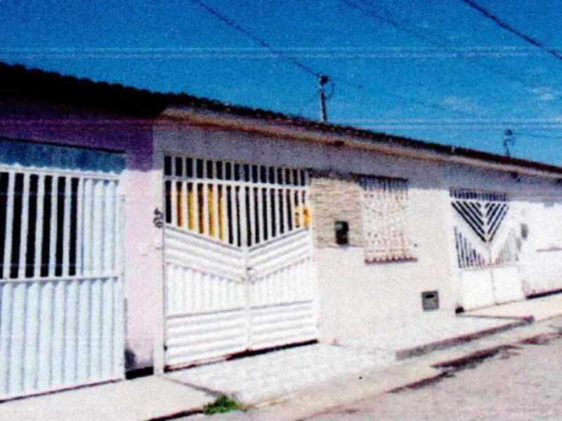 3252 - Casa, Residencial, 2 dormitório(s), 1 vaga(s) de garagem