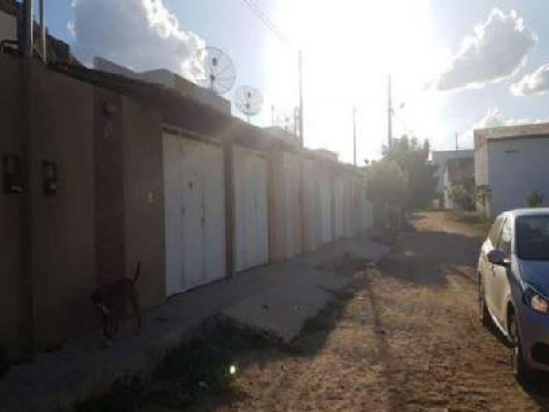 73722 - Casa, Residencial, 2 dormitório(s), 1 vaga(s) de garagem