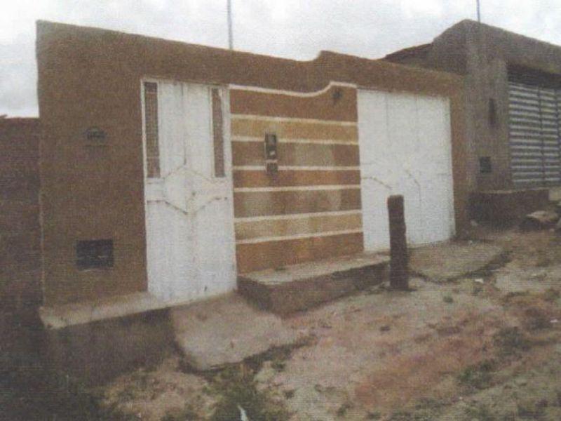 73557 - Casa, Residencial, 3 dormitório(s), 1 vaga(s) de garagem
