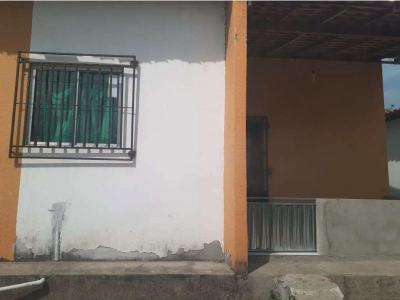 92240 - Casa, Residencial, 2 dormitório(s), 1 vaga(s) de garagem