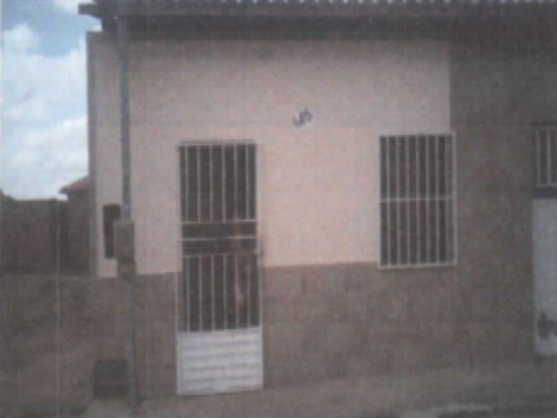 90753 - Casa, Residencial, 3 dormitório(s), 1 vaga(s) de garagem