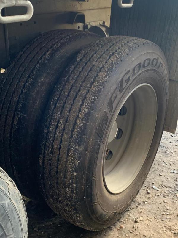 Caminhão VW/24.250 CNC 6x2 2011/2012